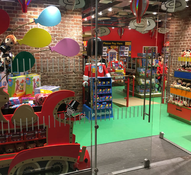 Hamleys London Bridge Station